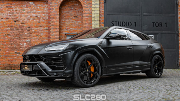 folienprinz_Lamborghini_Urus_black_01