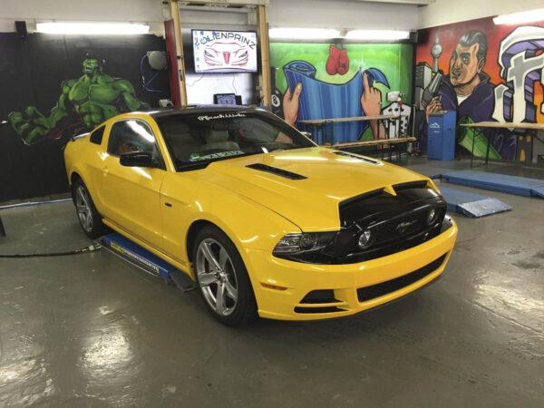 folienprinz_cars_yellow_gold_002